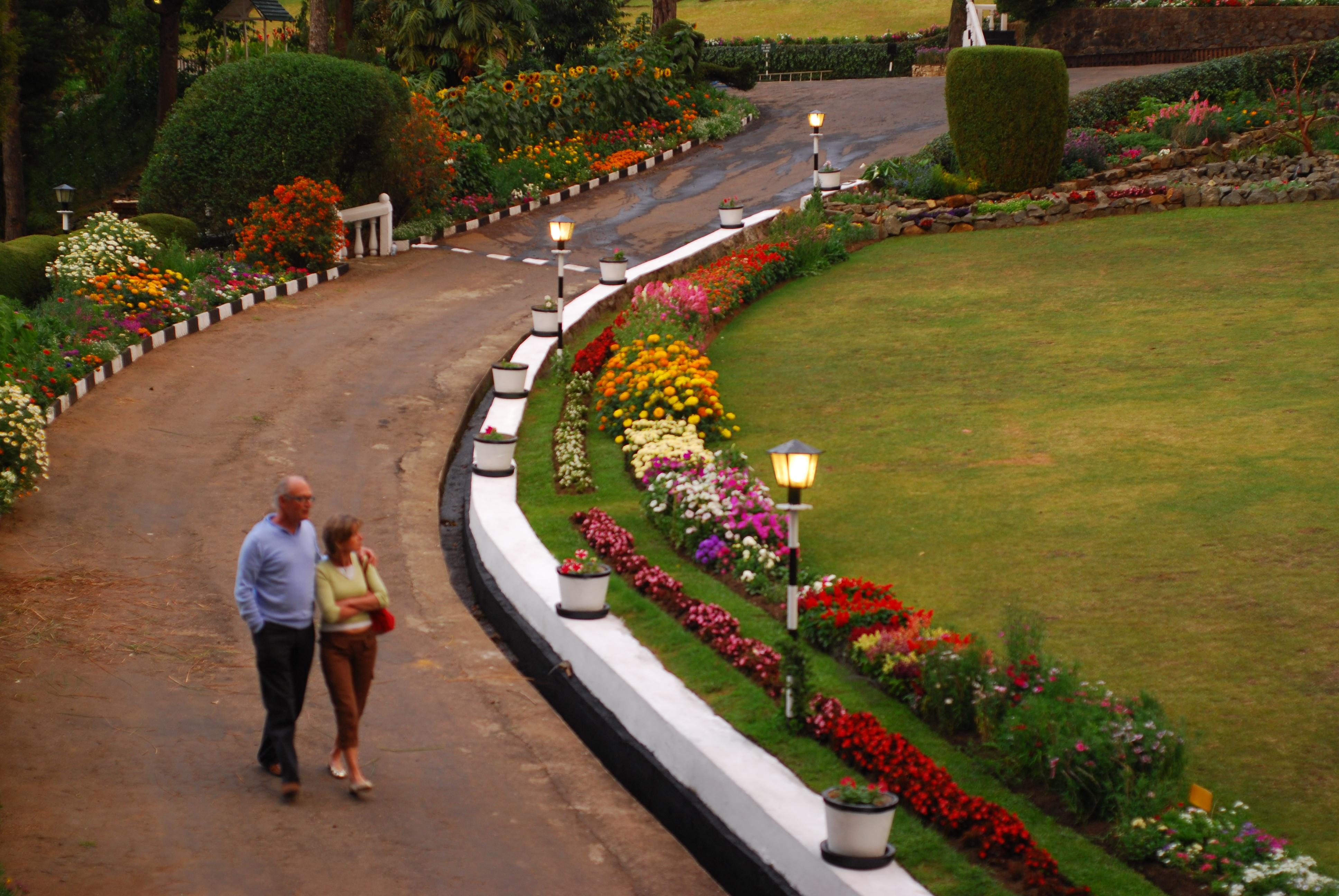 Garden Romance | Sri Lanka Travel Blog