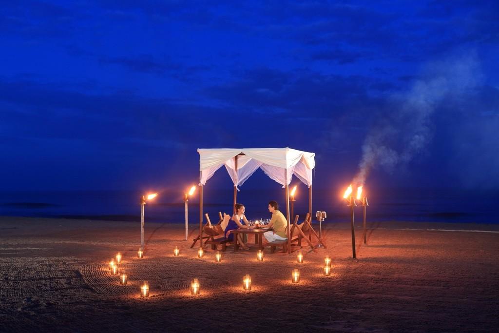 Candle Light Dinner Jetwing Sea Hotel Sri Lanka
